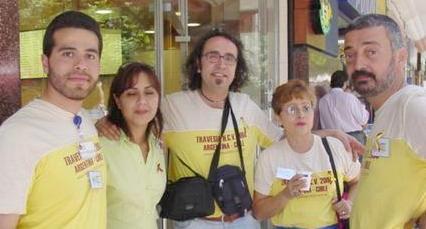 Gerardo (de México) , Carola (de Chile) , Xavi (de Barcelona) , Nancy (de Panamá) y Eduardo (de Argentina)