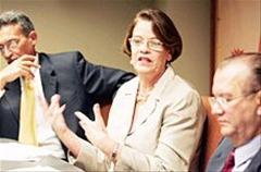 Rosa Pérez Perdomo, Secretaria de Salud de Puerto Rico