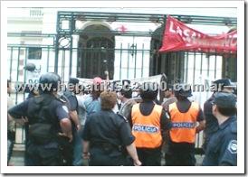 hiv-sida-policia-represion-la-plata-ministerio-salud-vih
