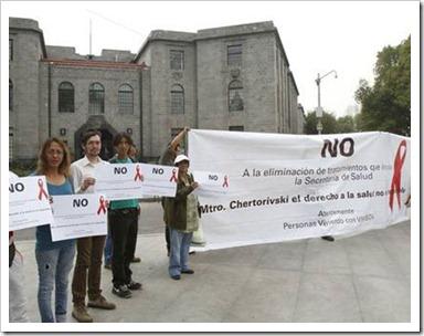 activistas-VS-censida