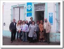 Sonia Quiruelas, Directora del Programa de VIH de la Provincia, Nery Fures, Director de Región XI, doctores del Centro de Salud y Soledad Diaz, Secretaria General de Ammar La Plata en el lanzamiento de la campaña.