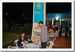 IMG 5827 thumb Mesa de información sobre Hepatitis B y C en Pinamar 2013