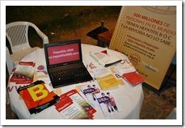 IMG 5890 thumb Mesa de información sobre Hepatitis B y C en Pinamar 2013