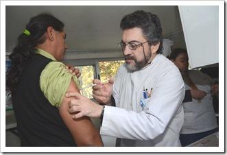 Programa Provincial de Inmunizaciones y el Programa Provincial de Hepatitis Virales Ministerio de Salud Municipalidad de Las Heras