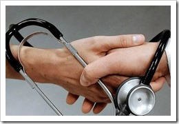 medico-paciente-estetoscopio