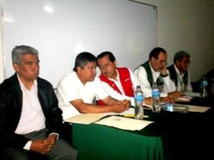 salud-en-el-Estado-Arturo-Navarrete-y-el-delegado-del-IMSS-Veracruz-Sur-Jon-Rementeria