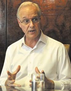 gollian-ministro-de-salud-argentina-medicamentos