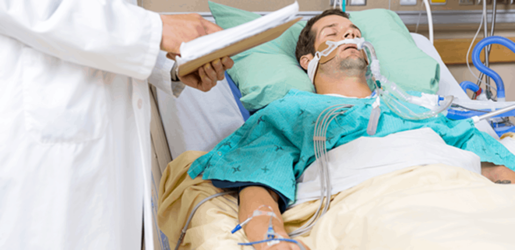 paciente joven internado con fallo hepático
