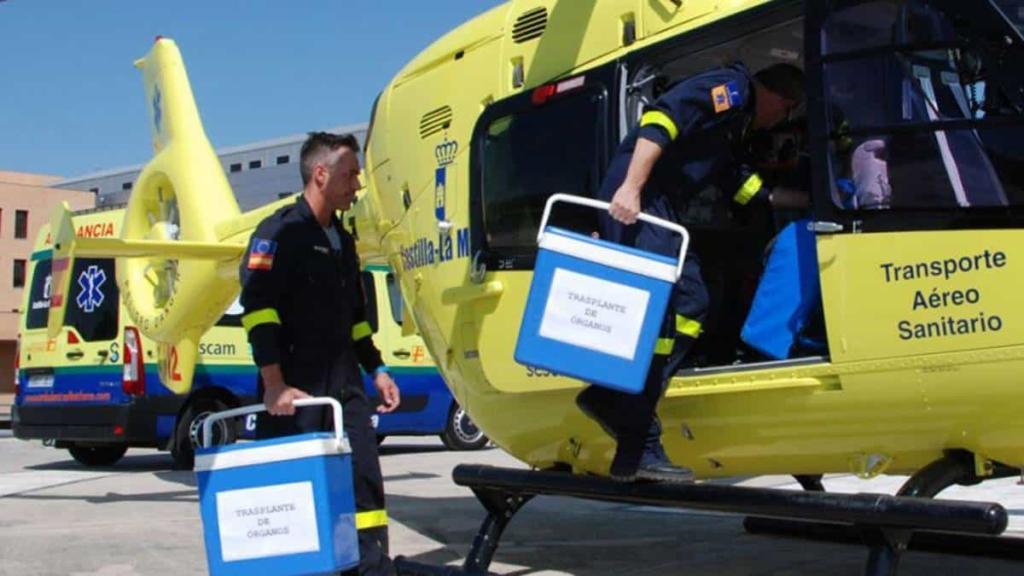 avión transportando órganos