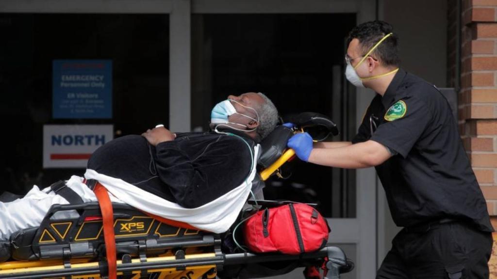 hombre negro cáncer de hígado por hepatitis C